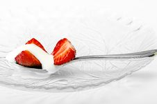 Free Red Strawberry And White Ice Cream On Spoon Royalty Free Stock Images - 19870399