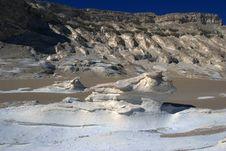 Free White Desert Landscape. Royalty Free Stock Image - 19873006