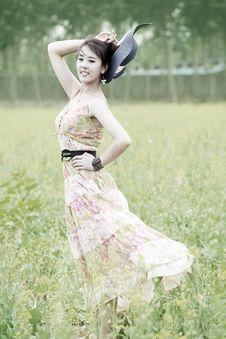 Free Asian Model Posing In Rape Field Royalty Free Stock Photo - 19875065