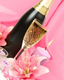 Free Wine And Candles Royalty Free Stock Photography - 19877827