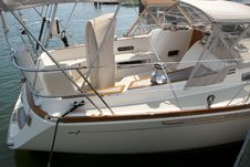 Free Helm And Deck View On A Sailboat Royalty Free Stock Images - 19880489