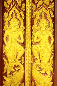 Free Thai Style Carved Door Stock Photography - 19891002