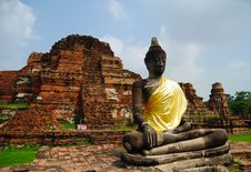 Free Buddha In Ruin Temple Royalty Free Stock Image - 19891456
