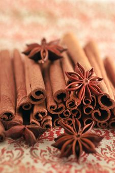 Free Aromatic Spices Royalty Free Stock Images - 19891519