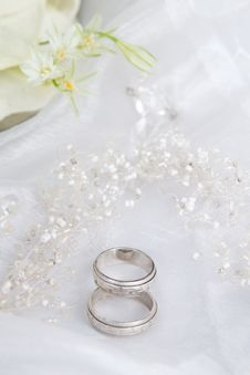 Free Wedding Rings Royalty Free Stock Image - 19897126