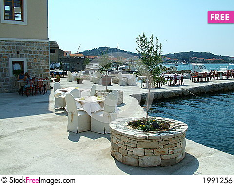 Free Harbour Restaurant Royalty Free Stock Image - 1991256