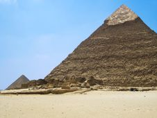 Free Egyptian Pyramid Royalty Free Stock Photo - 19900685