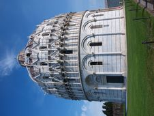 Free Baptistery, Piza, Italy Stock Image - 19902471