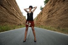 Free Woman On The Road Royalty Free Stock Photography - 19907277