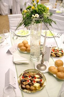 Free Wedding Table Stock Image - 19908841