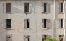 Free Facade Of An Old Ruined House Stock Images - 19908854