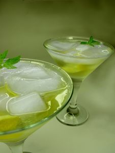 Free Alcohol Liqueur Cocktail With Lemon Royalty Free Stock Photo - 19908855