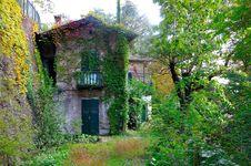 Free Ancient Farmhouse Royalty Free Stock Photo - 19914925