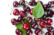 Free Fresh Cherry And Green Leaf Stock Images - 19916264
