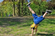 Free Acrobatic Boy In Park Stock Photography - 19919712