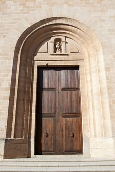 Free Cathedral Door, Raw Royalty Free Stock Photos - 19922588