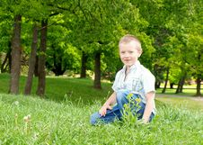 Free Happy Boy Outdoor Royalty Free Stock Images - 19923569