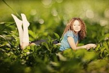 Free Beauty Woman In A Green Grass Royalty Free Stock Photos - 19924908