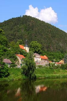 Free Small Village By  The River And The Hill Stock Photography - 19936672