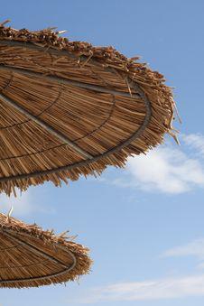 Free Sun Umbrellas On Paradise Beach Royalty Free Stock Image - 19949196
