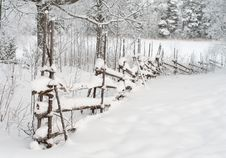 Free Winter Fence. Stock Photo - 19951580