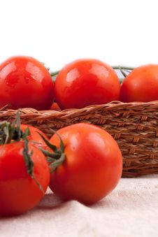 Free Red Tomatoes In A Basket Royalty Free Stock Photo - 19952555