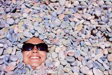 Free Funny Girl  In Sunglasses Royalty Free Stock Images - 19954049