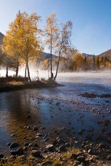 Free Autumn Scenery Royalty Free Stock Photos - 19962078