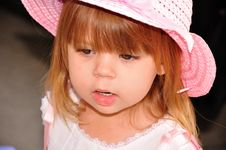 Free Little Girl Thinking Royalty Free Stock Photo - 19963315