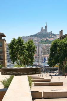 Free View On Port And  Notre-Dame In Marseille Stock Image - 19966051