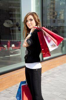 Free Beautiful Woman With Shopping Bags Royalty Free Stock Images - 19970459