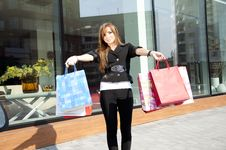 Free Beautiful Woman With Shopping Bags Stock Images - 19970474
