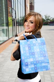 Free Beautiful Woman With Shopping Bags Stock Photo - 19970500