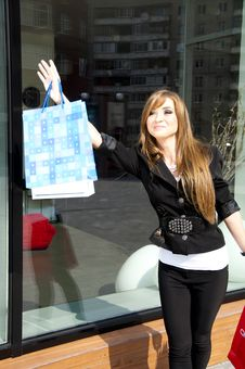 Free Beautiful Woman With Shopping Bags Royalty Free Stock Photo - 19970535