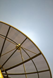 Satellite Dish On Blue Sky Royalty Free Stock Photos