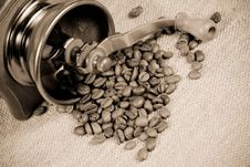 Free Coffee Mill Stock Image - 19973621