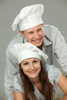 Free Young Loving Couple Cooks. Royalty Free Stock Photo - 19976925