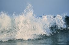 Free Water-Wave Royalty Free Stock Photo - 19978295