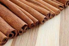 Free Whole Cinnamon Sticks Stock Images - 19978464