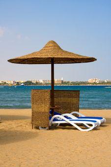 Free Resort Beach Royalty Free Stock Images - 19979659