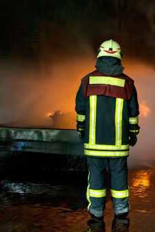 Free Instructor For Firefighting Royalty Free Stock Photos - 19980888
