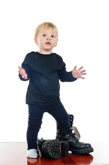 Free Little Boy And Big Shoes Stock Images - 19984844