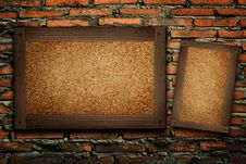 Free Old Wood Frame On Brick Wall Stock Photo - 19985140