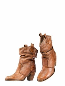 Free Leather Shoes Stock Photos - 19991763