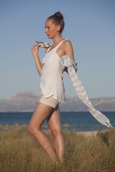 Free Woman On The Beach With Scarf Royalty Free Stock Images - 19991959