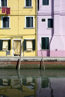Free Houses In Burano Island Royalty Free Stock Images - 19995109