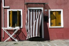 Free Houses In Burano Island Stock Photo - 19995170