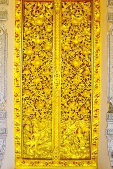 Free Door On Thai Lanna Style,Phrae,Thailand Royalty Free Stock Photos - 19998888
