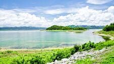 Free Kaeng Krachan Dam & Reservoir Royalty Free Stock Images - 19999229