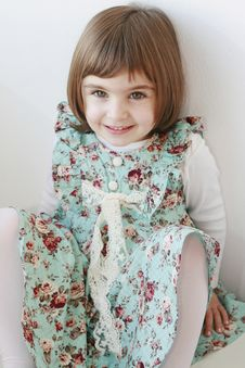 Free Beautiful Girl In A Green Dress Stock Photo - 19999840